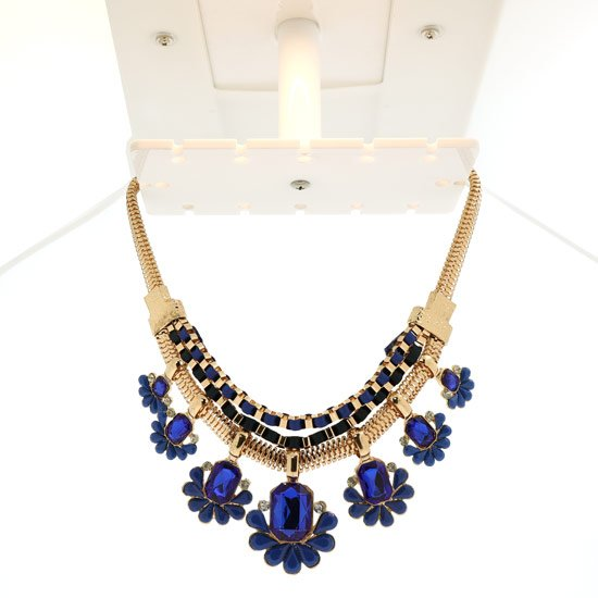 360 Jewelry Photography Lightbox: Hanging Necklace