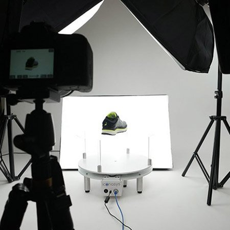 LED Studio Lights for Product Photography with White Backgrounds 02